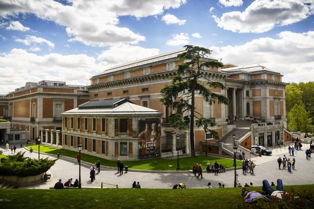 Puerta Principal Museo del Prado