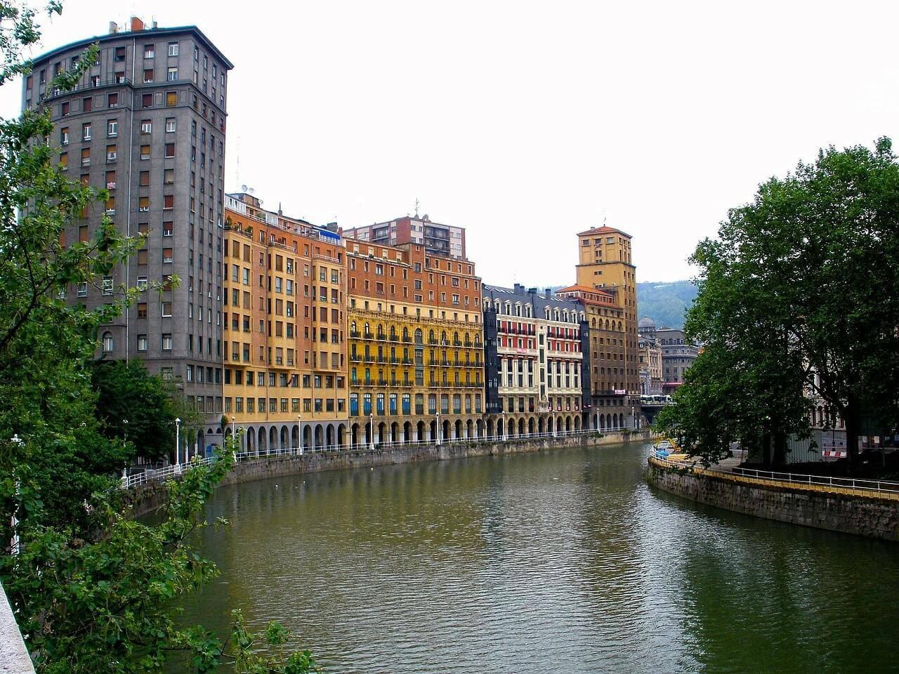 Indice de criminalidad para comprar una vivienda en Bilbao