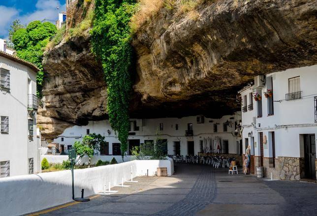 casas cuevas de Setenil de las Bodegas