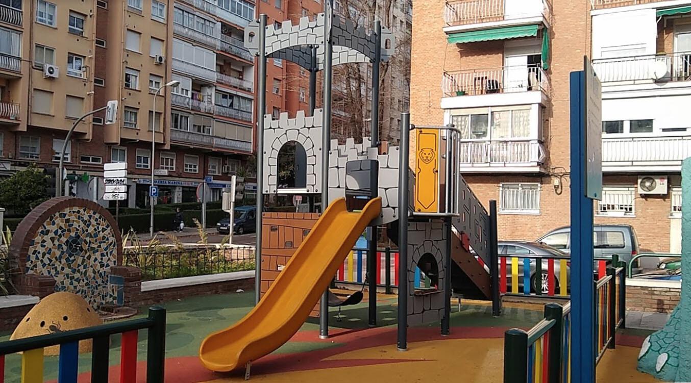 Parque Infantil de la Avenida Marqués de Corbera