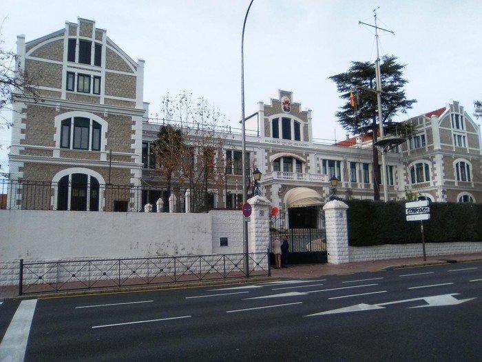 Colegio de Huérfanos de la Armada en Arturo Soria