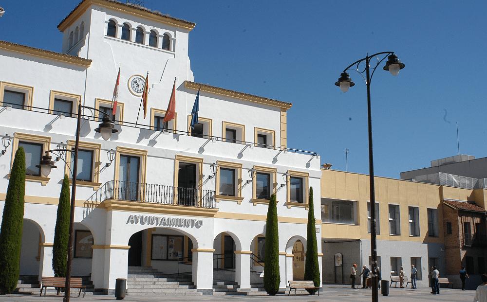 Fachada del ayuntamiento municipal