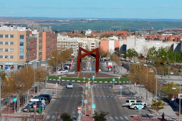 Una de las rotondas esculttoricas de San Sebastian de los Reyes